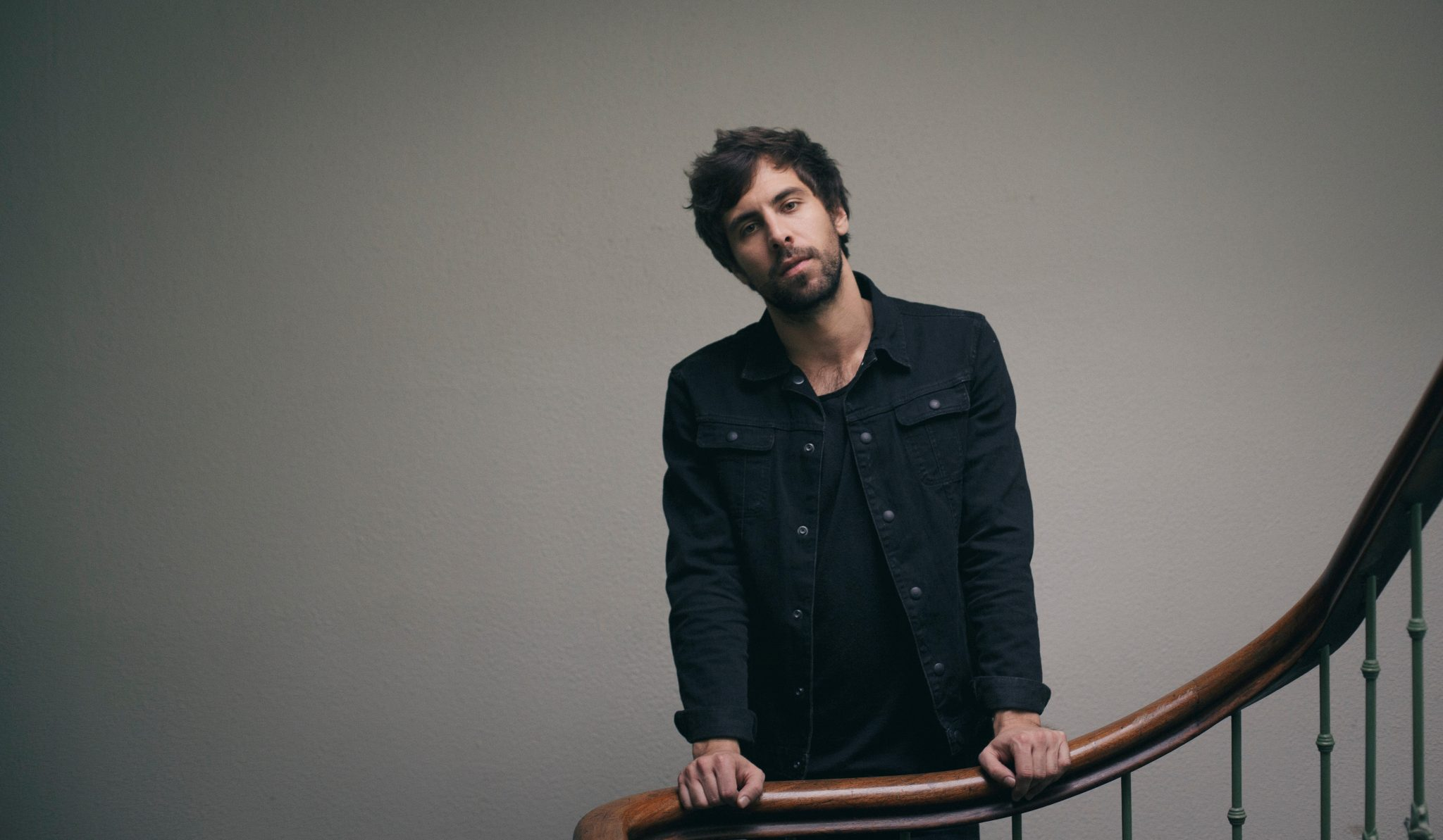 Max Giesinger Neue Single Max Giesinger Roulette Official Video Avalost