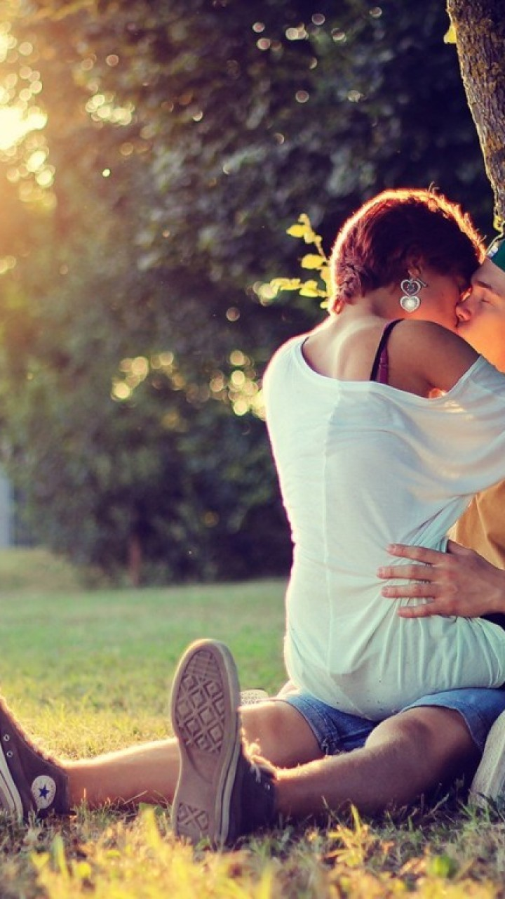 Boy And Girl Kissing Hd Wallpapers Lovers Picture Wallpapers 42 Wallpapers Adorable