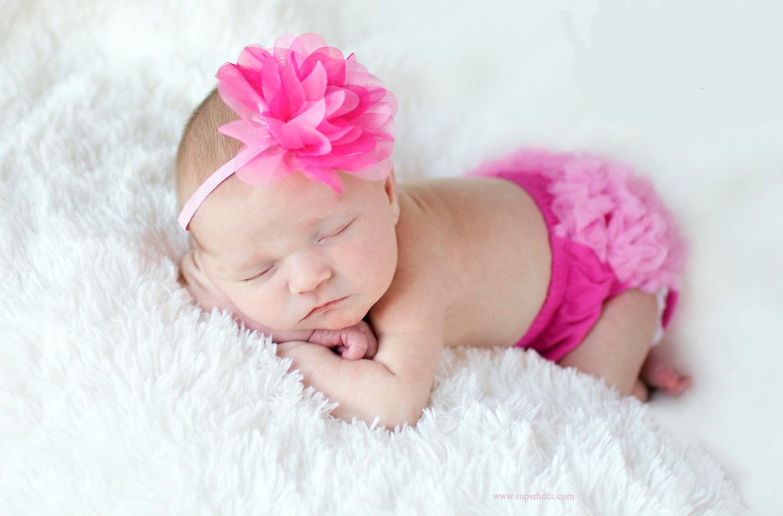 Cute Little Baby Boy Hd Wallpaper Wallpapers Small Baby 50 Wallpapers Adorable Wallpapers