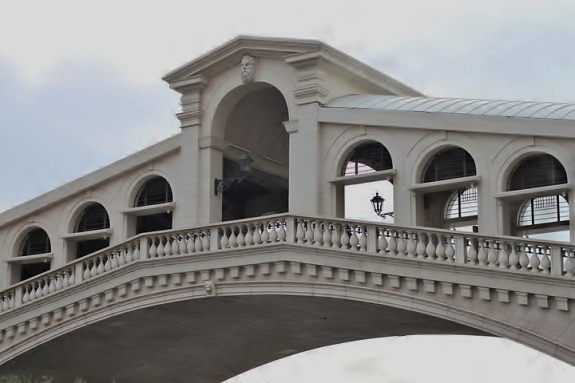 Fake Rialto Bridge at Venetian Las Vegas