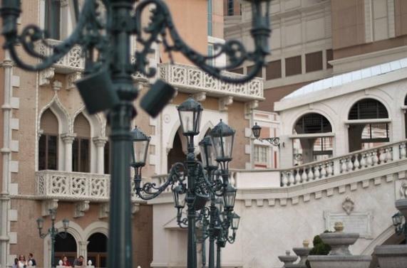 More Lamps at Venetian Las Vegas