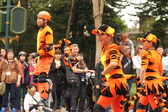 Tigger Team Hong Kong Disneyland Parade