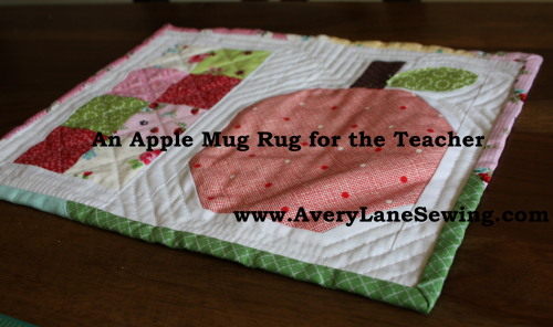 Tutorial An Apple Mug Rug for the Teacher www.AveryLaneSewing