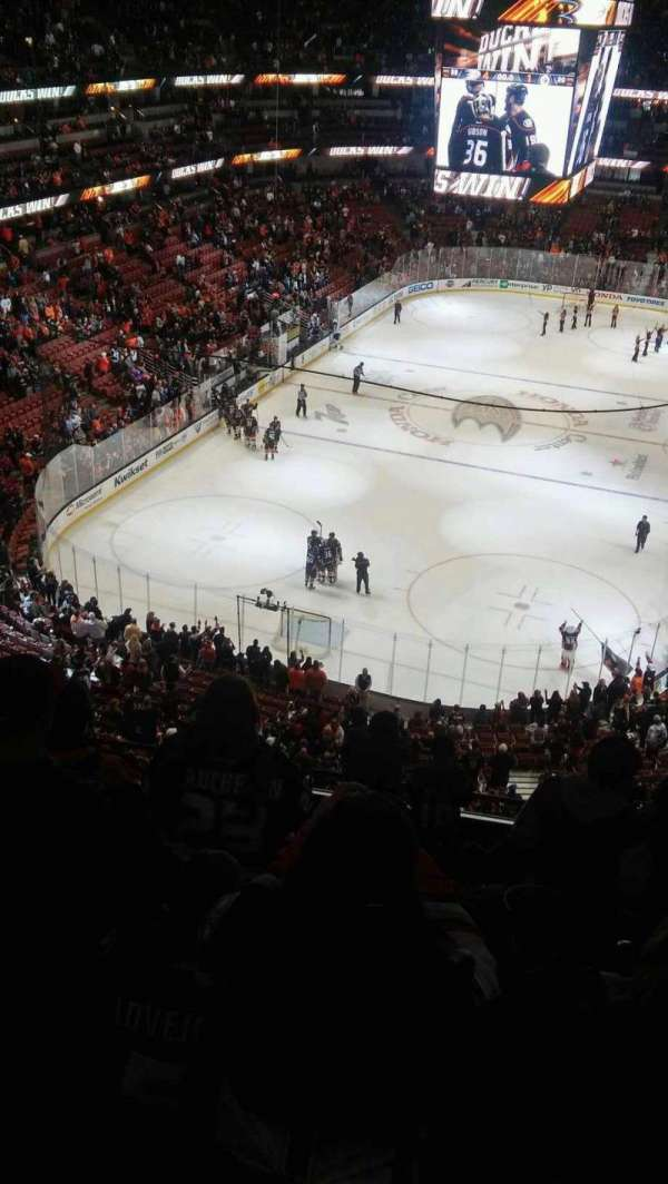 Photos at Honda Center that are away team shoot twice zone