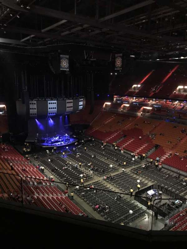 Concert photos at American Airlines Arena