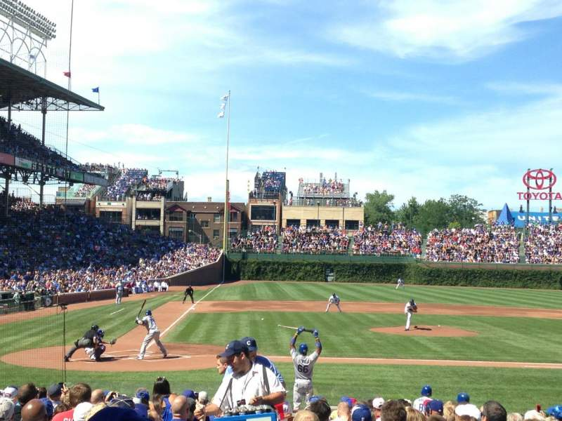 Chicago Cubs Wallpaper Iphone 6 Wrigley Field Section 126 Home Of Chicago Cubs