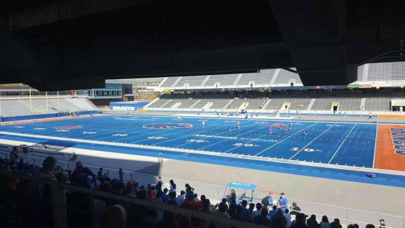 Boise State Wallpaper For Iphone Albertsons Stadium Home Of Boise State Broncos