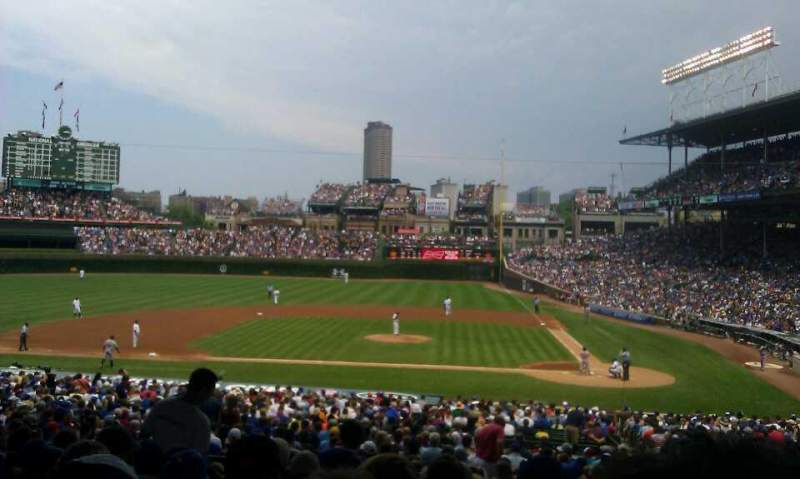 Chicago Cubs Wallpaper Iphone 6 Wrigley Field Section 216 Home Of Chicago Cubs