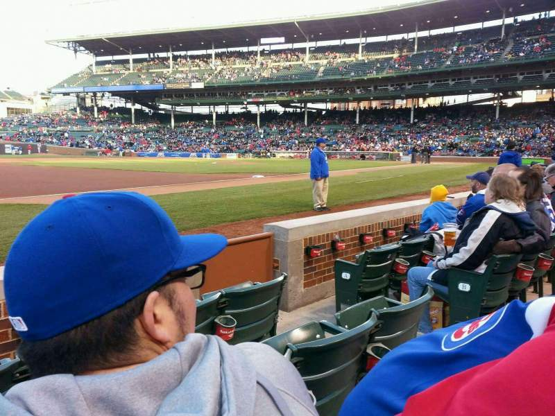 Chicago Cubs Wallpaper Iphone 6 Wrigley Field Section 10 Home Of Chicago Cubs
