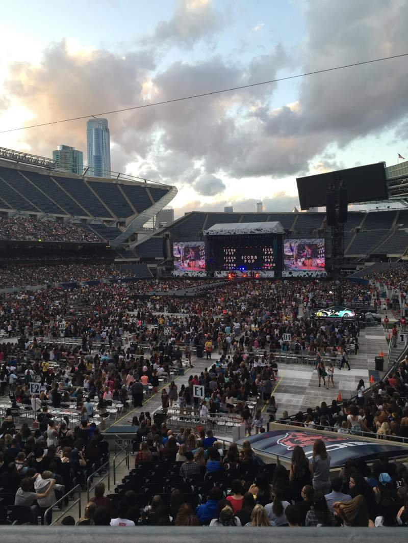 San Francisco 49ers Wallpaper Iphone Soldier Field Section 219 Row 1 Seat 9 Icona Pop Vs On
