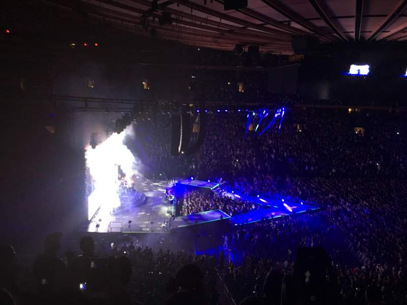 Fall Out Boy Wallpaper Iphone 6 Madison Square Garden Section 222 Row 7 Seat 11 Fall