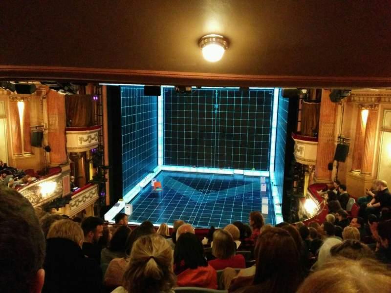 London England Iphone Wallpaper Gielgud Theatre