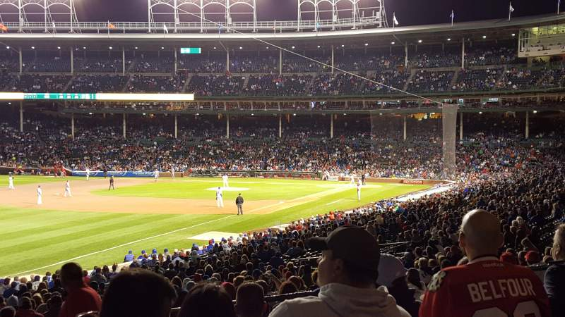 Chicago Cubs Wallpaper Iphone 6 Wrigley Field Section 204 Row 7 Seat 106 Chicago Cubs Vs