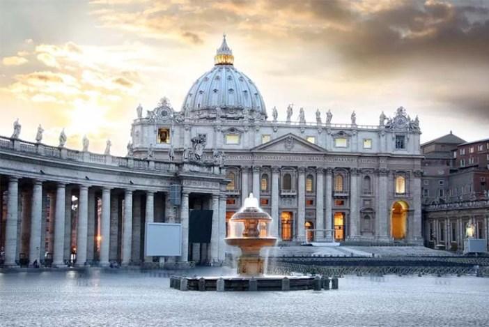 Vatikán - Hamarosan leromboltatik?