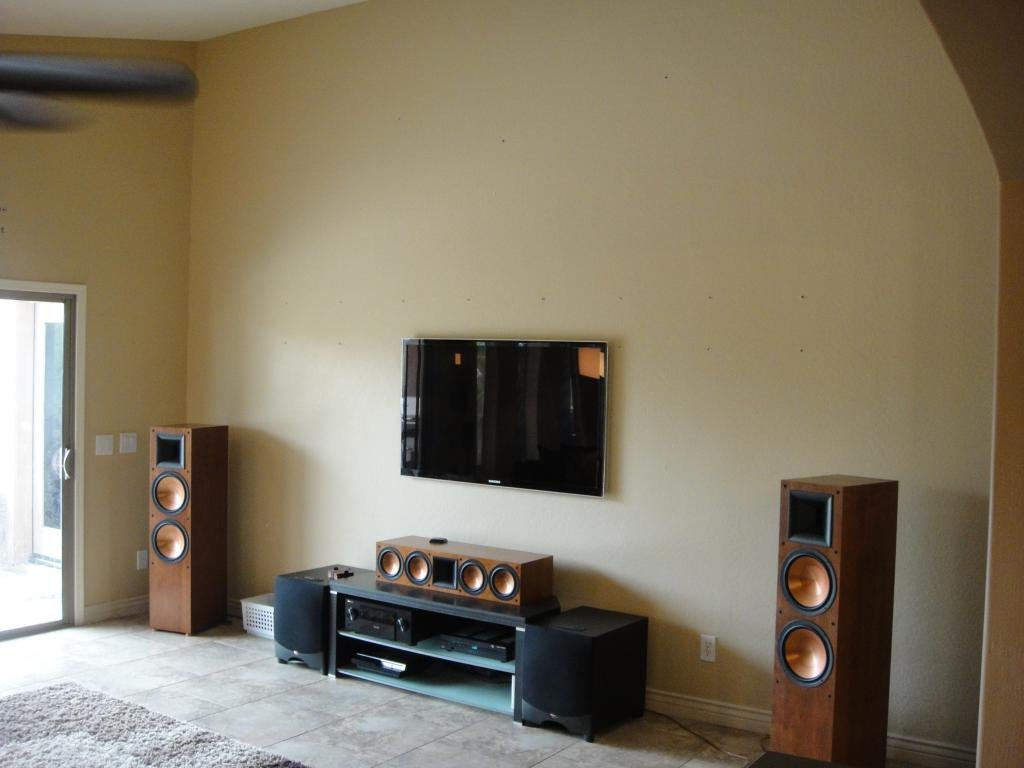 Nice Speakers For Room Best Speakers For Living Room Living Room