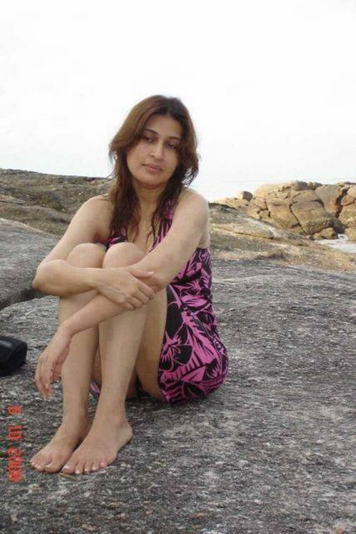 Shaista Wahidi's Controversial Leaked Pictures
