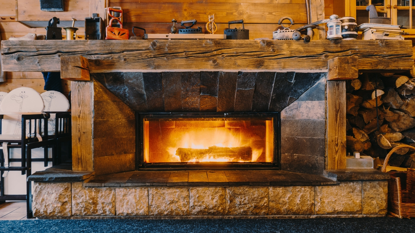 Gas Vs Electric Fireplace Pros And Cons 10 Best Electric Fireplaces Of 2019 Enjoy Warmth And Comfort Aw2k