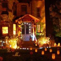 outdoor-halloween-decorations-with-nice-lighting-exteriors ...