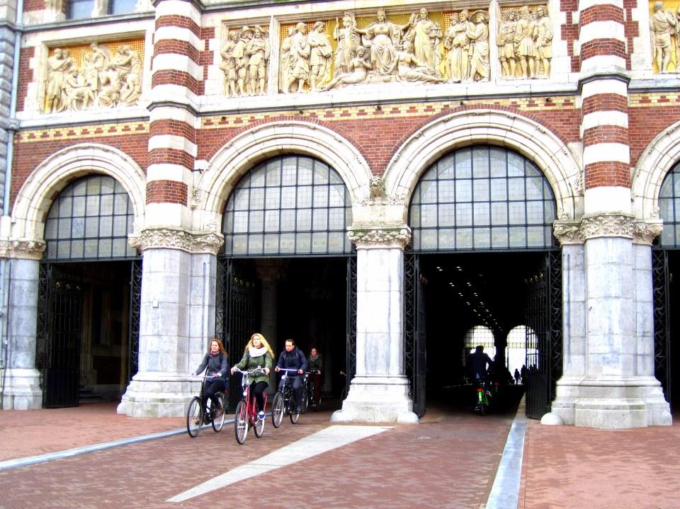 rijksmuseum cycling