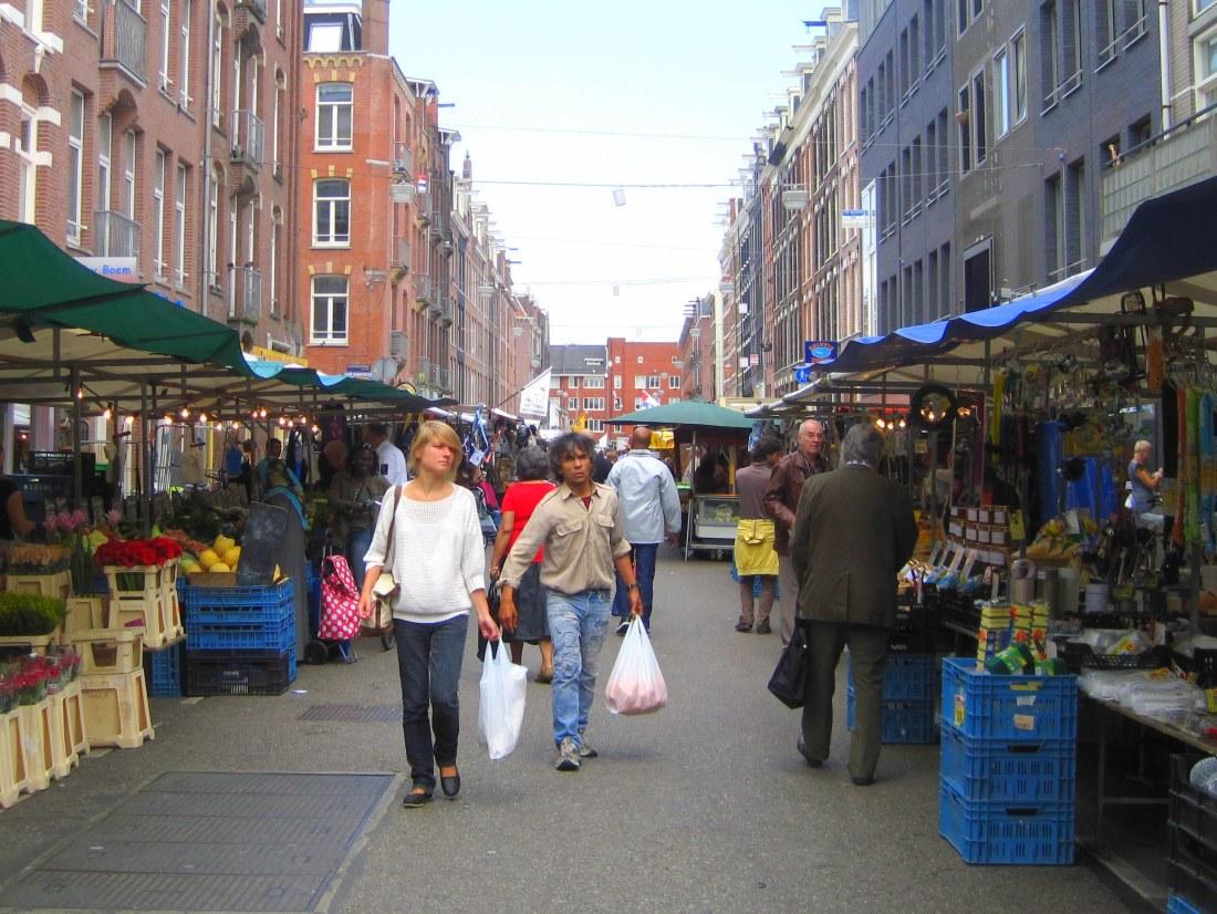 Go shopping! AMSTERDAM WEEKLY STREET MARKETS Market Street