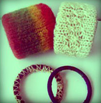 The last last minute gift – instant DIY sweater Bracelets