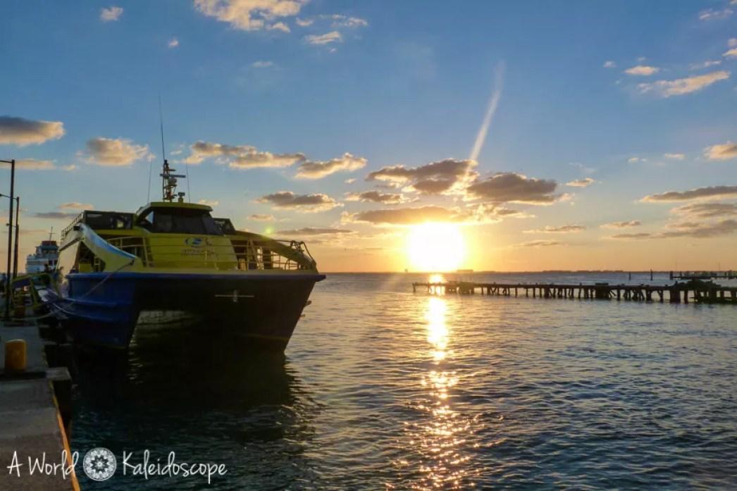 mexico-yucatan-isla-mujeres-ferry