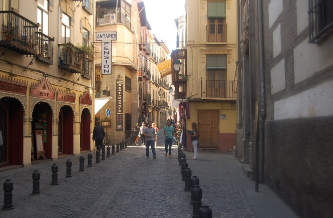 apartment hunting in spain