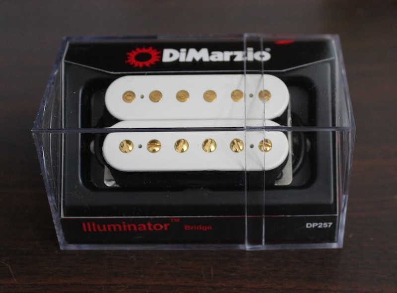 DiMarzio Illuminator 6 Bridge Model DP257 White with Gold Poles