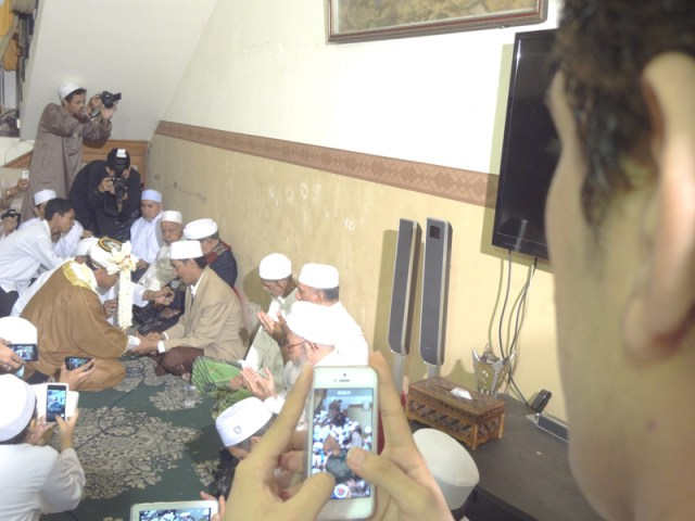 AhmadPernikahanKampungArabSurabaya15