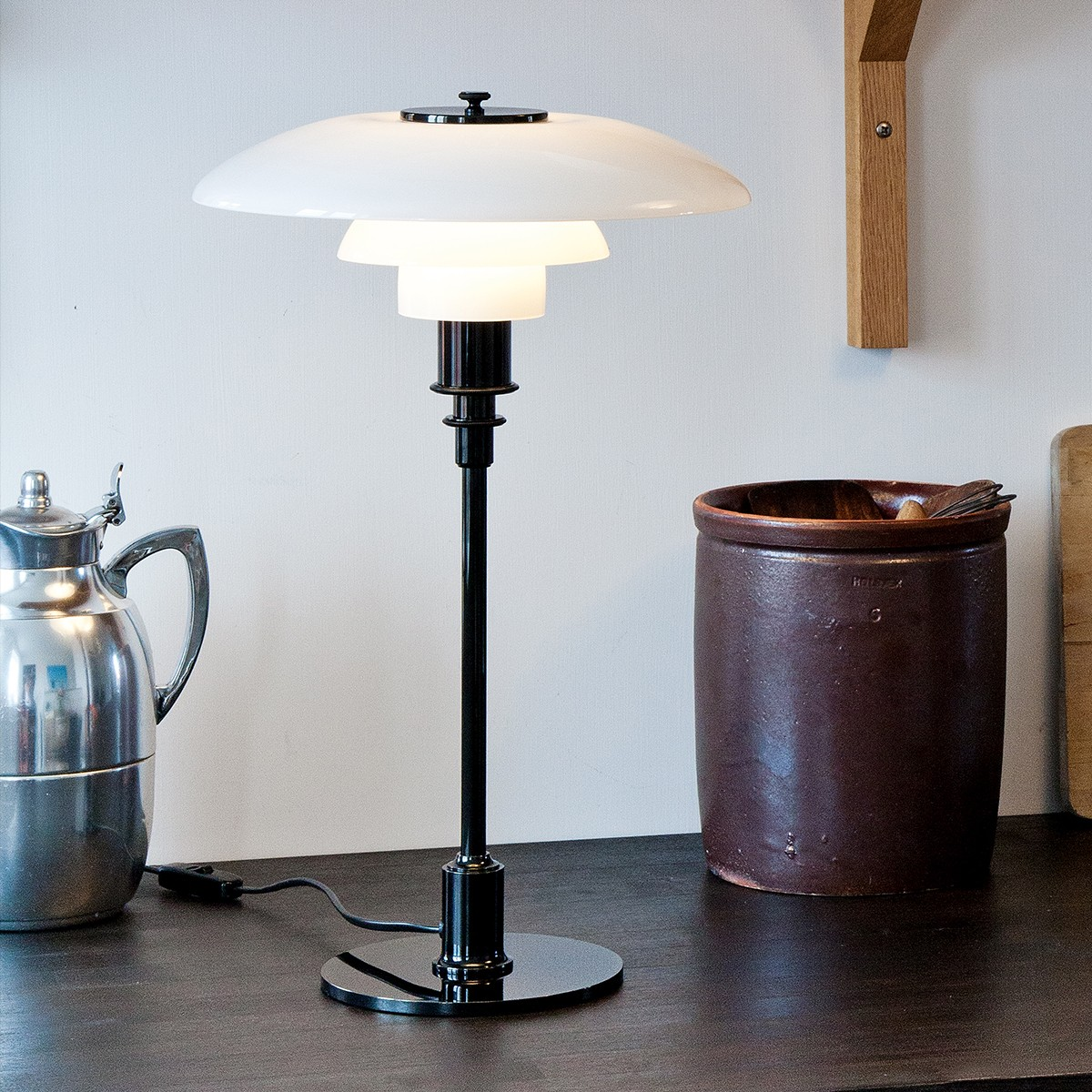 Louis Poulsen Ph 3 2 Ph 3 2 Table Lamp Black Metalized