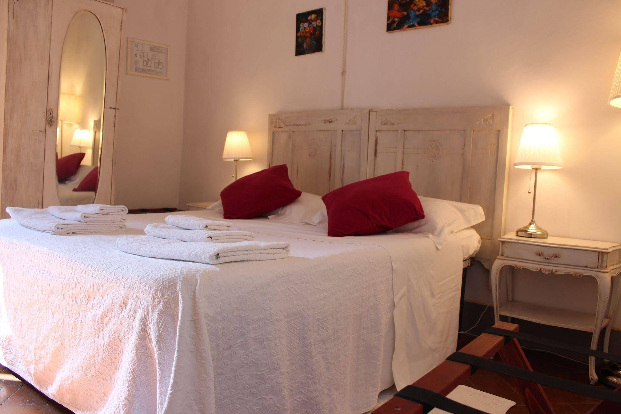 Soggiorno Italia Tavarnelle Val Di Pesa Book Palazzo Malaspina With Tajawal Book Now At Best Low Prices