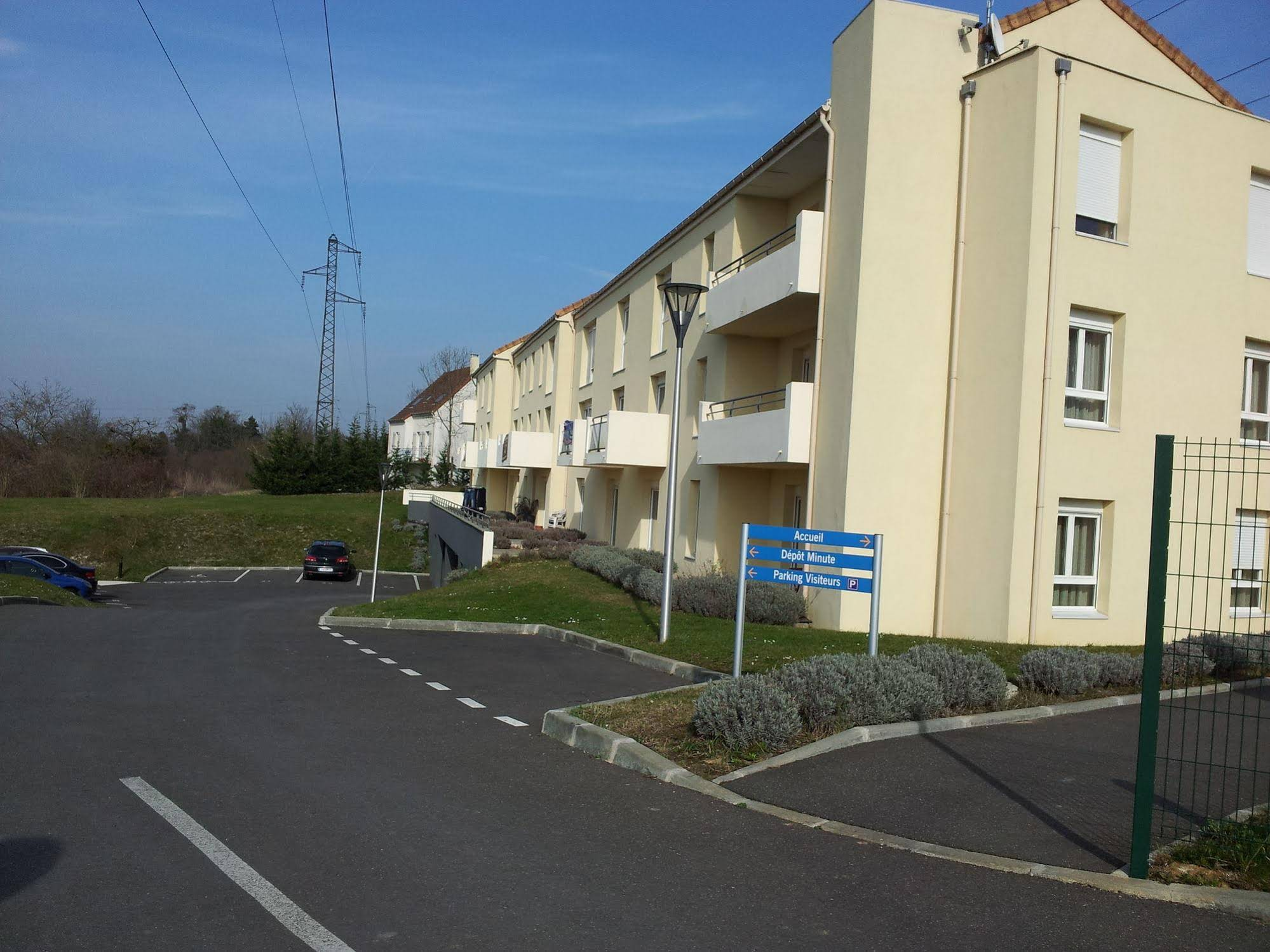 Garage Bretigny Sur Orge Book Résidence Carouge With Tajawal Book Now At Best Low Prices
