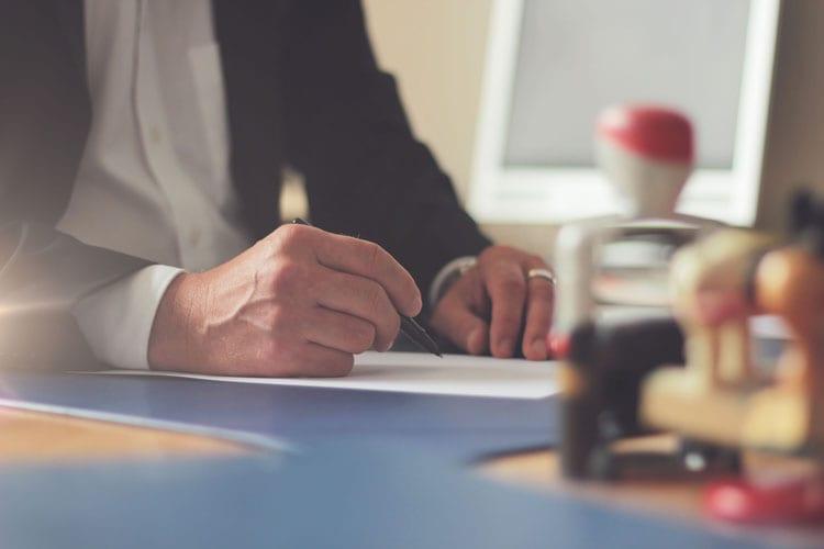 8 executive resume writing predictions for 2020 and beyond AZ Big