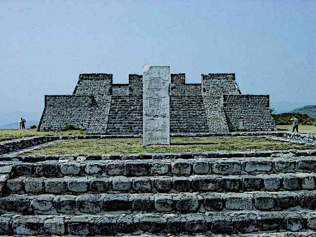 Aztecs-Xochicalco-Pyramids