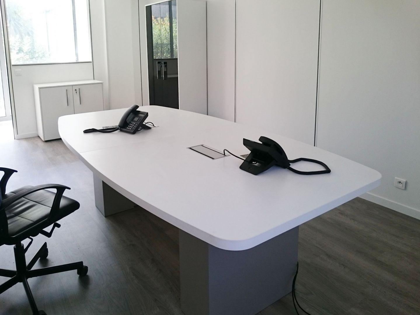 Table De Réunion Pour 6 Personnes à Aix En Provence Aix En b590a657fe30