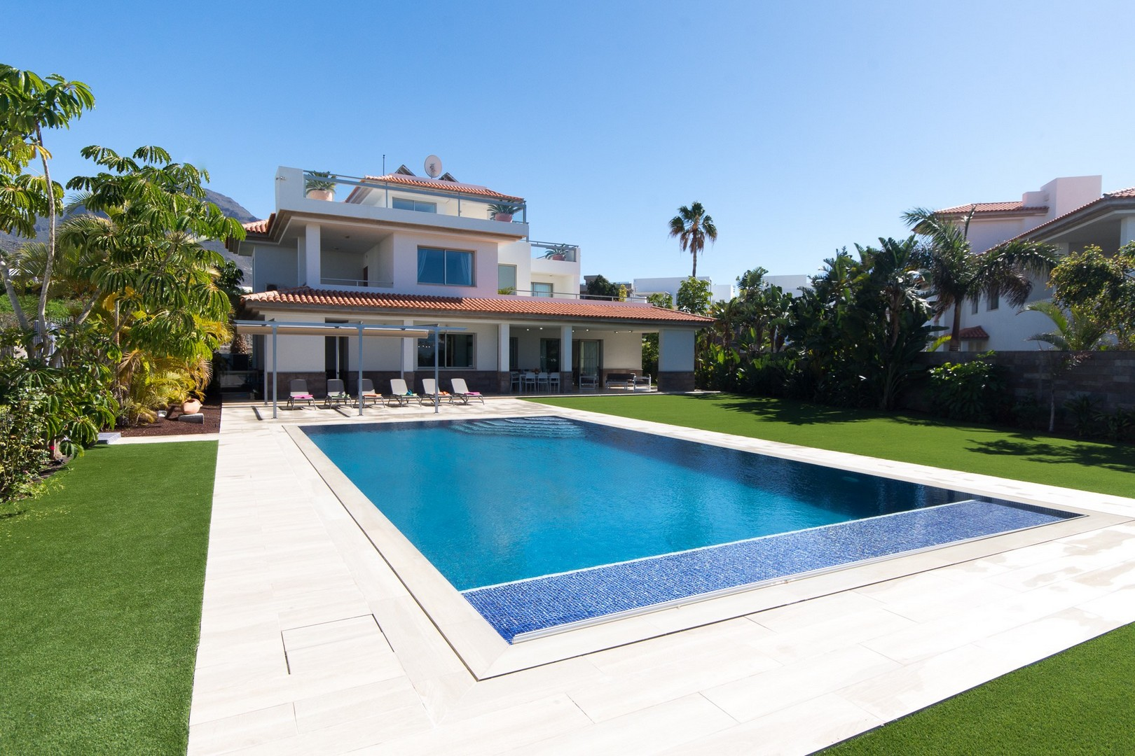 Holidays Villas Luxury Holiday Villas To Rent In Tenerife Azure Holidays