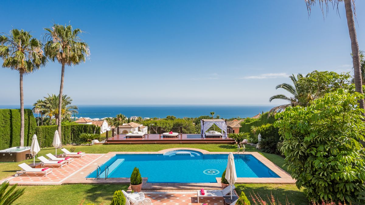 Holidays Villas Large Villas Group Or Large Family Holidays Azure Holidays