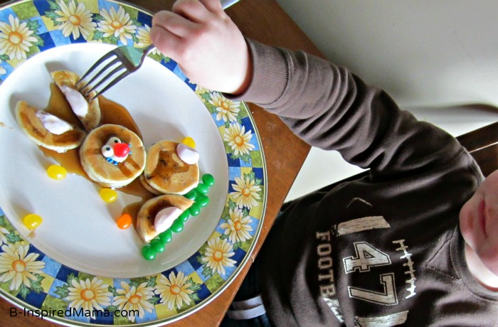 Kids Bunny Pancakes with Aunt Jemima Lil' Griddles from B-InspiredMama.com