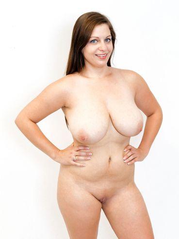 f cup boobs