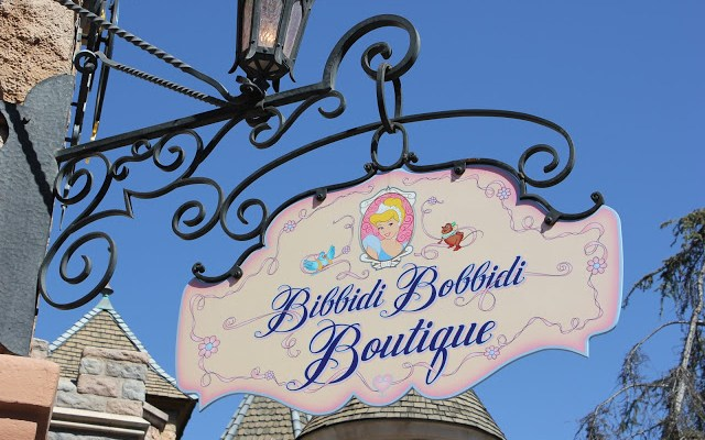 Everything You Need to Know About Disneyland's Bibbidi Bobbidi Boutique!