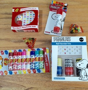 Win a lovely selection of stocking fillers for tweens