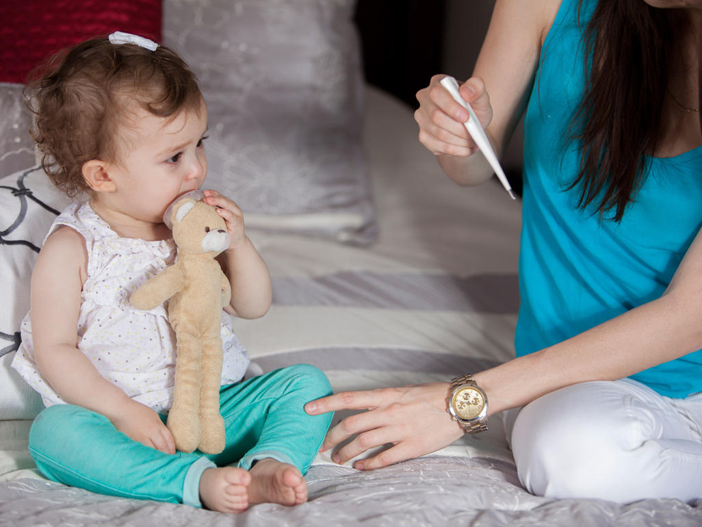 Newborn Infant With Fever Fever In Babies 7 Things You Might Not Know Babycenter