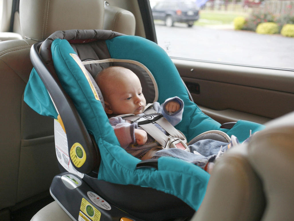 Infant Carrier Car Seat Guide Moms Picks Best Infant Car Seats Babycenter