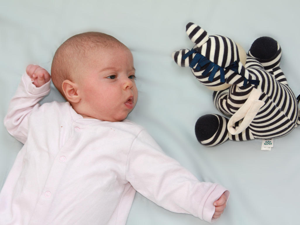 Newborn Toys Babycenter 10 Timeless Toys For Your Baby Photos Babycentre Uk