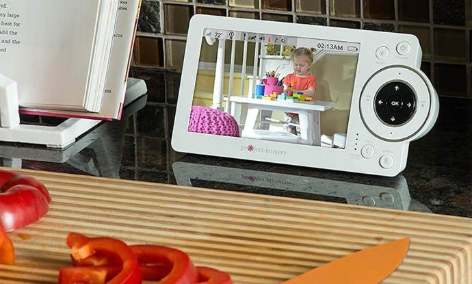 best-baby-video-monitor-with-two-cameras