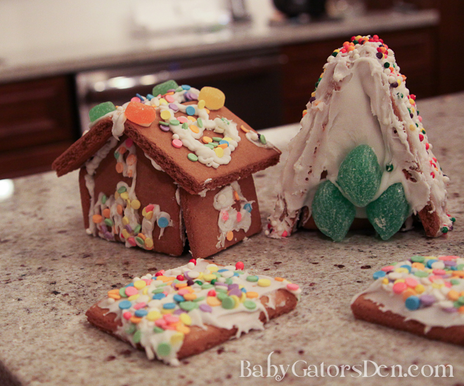 gingerbreadfailure 2 Gingerbread Sheds: My latest Pinterest failure