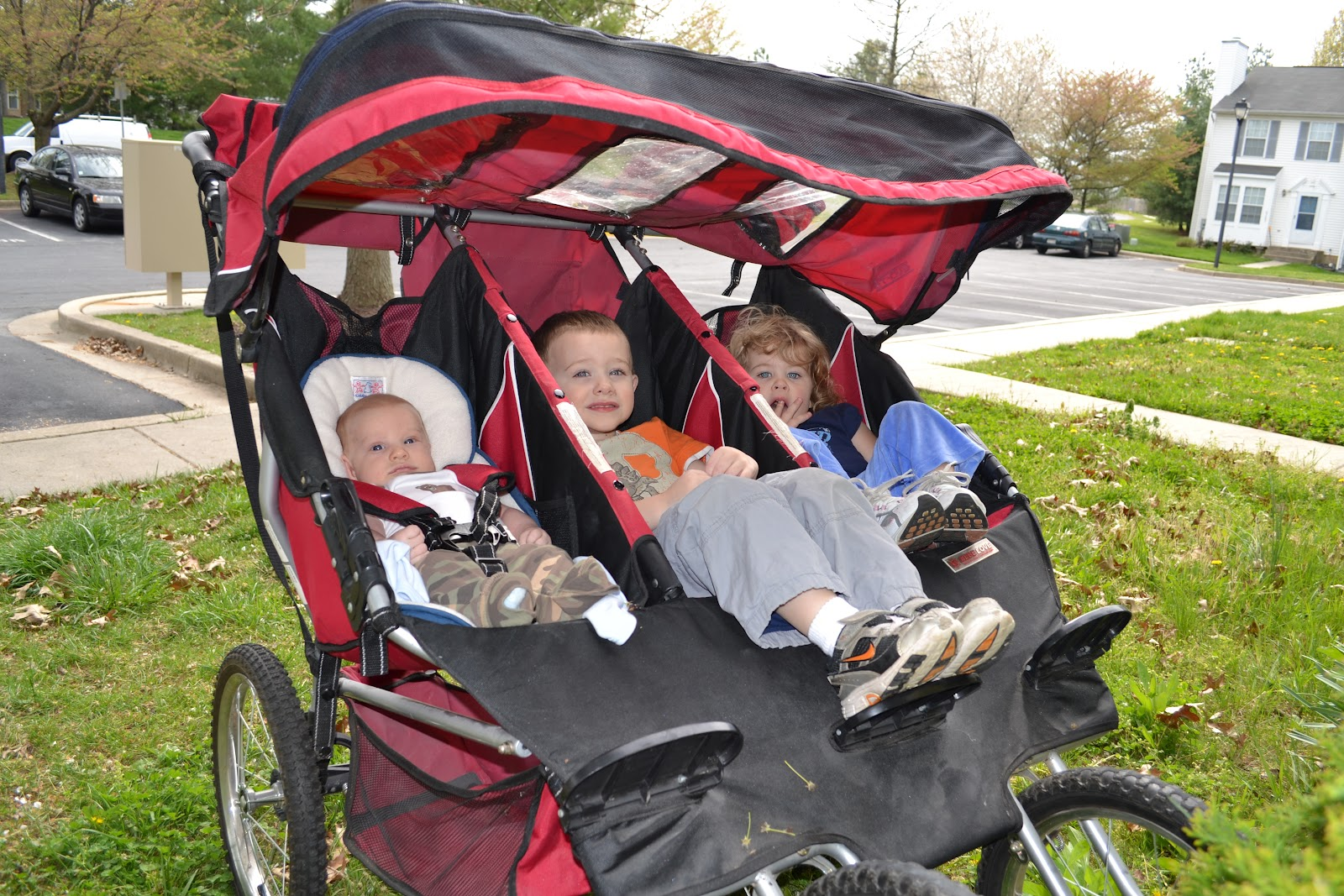 Jogging Stroller For Adults Triple Jogging Strollers Which Is The Best