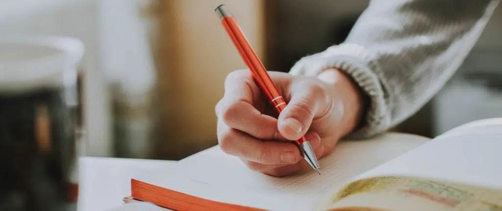 Escribiendo sobre la importancia del blog