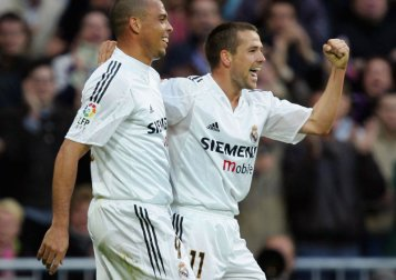 Ronaldo-Michael-Owen-celebrate-Real-Madrid_2563485