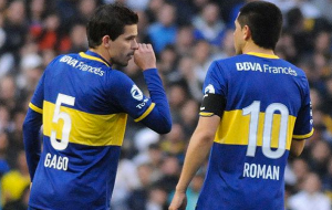Gago and his renowned teammate Juan Roman Riquelme